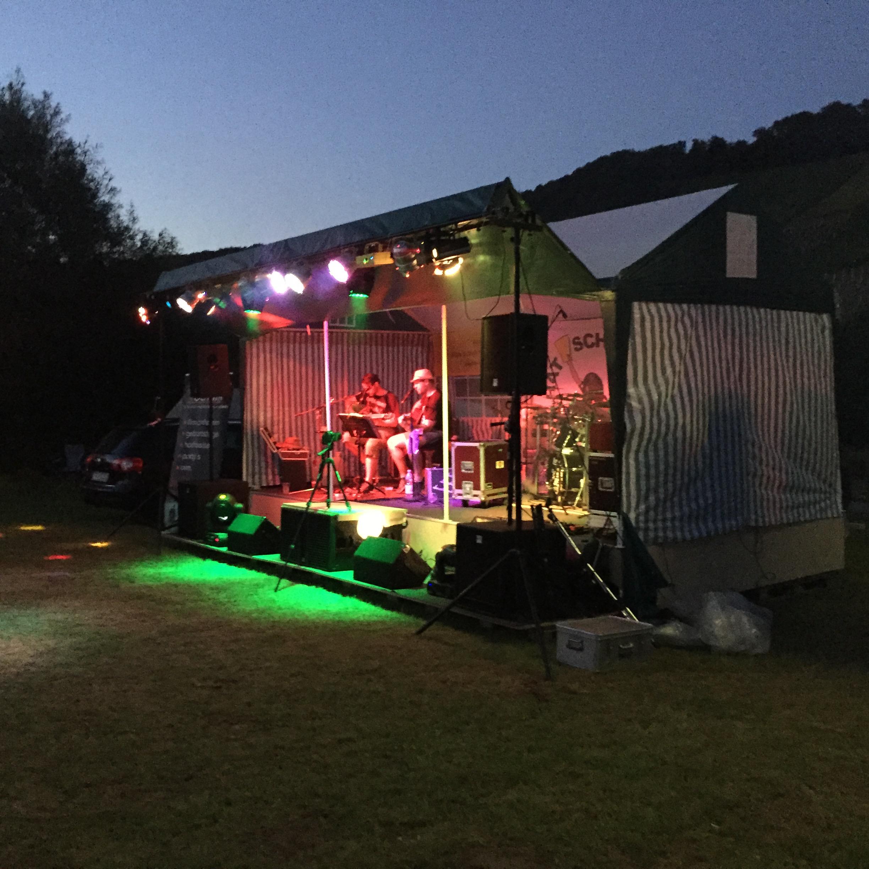 Bühne des Saarside Festival in Biebelhausen an der Saar