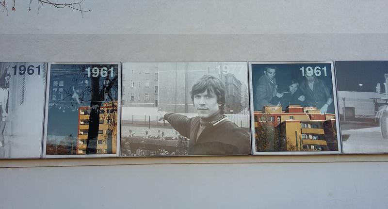Gedenkstätte der Berliner Mauer - Fototafeln an den Häuserfassaden