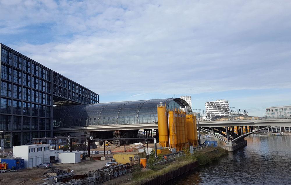 Blick auf die Baustelle am Hauptbahnhof im Oktober 2019