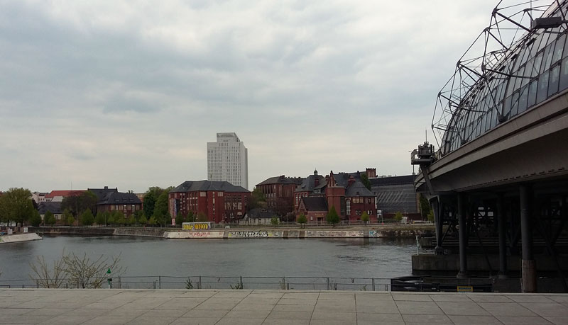 Blick vom Hauptbahnhof auf den Charité-Campus Mitte