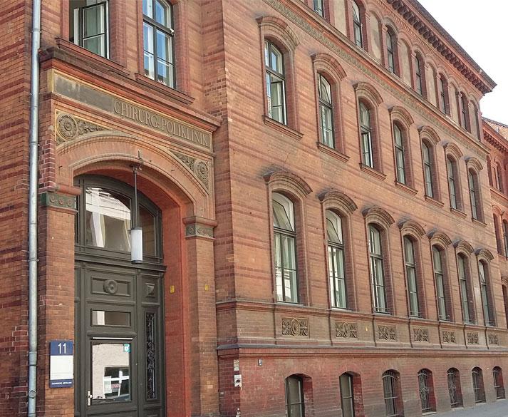 Ehemalige Chirurgische Universitätsklinik in der Ziegelstraße