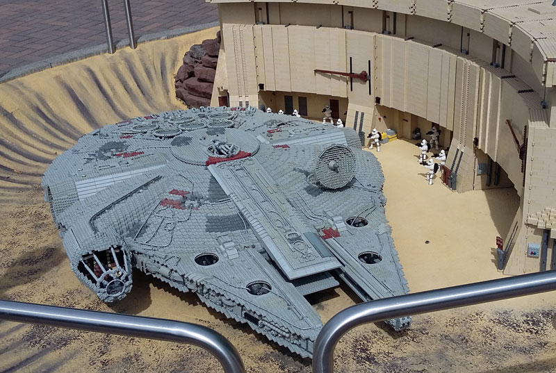 Legoland - StarWars Raumschiff im Miniland