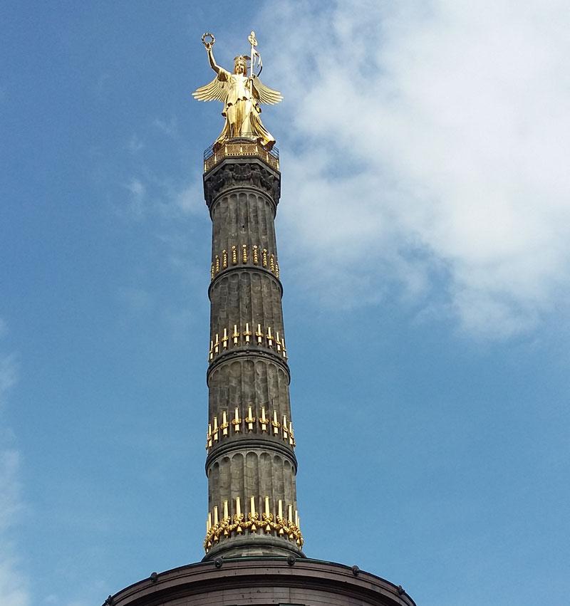 Die Berliner Siegessäule (die Goldelse)