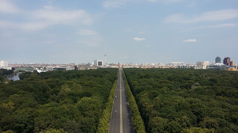 Blick von der Berliner Goldelse gen Osten