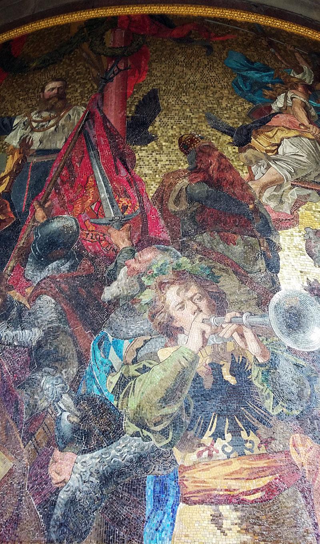 Berliner Siegessäule - Ausschnitt aus dem Sockelmosaik