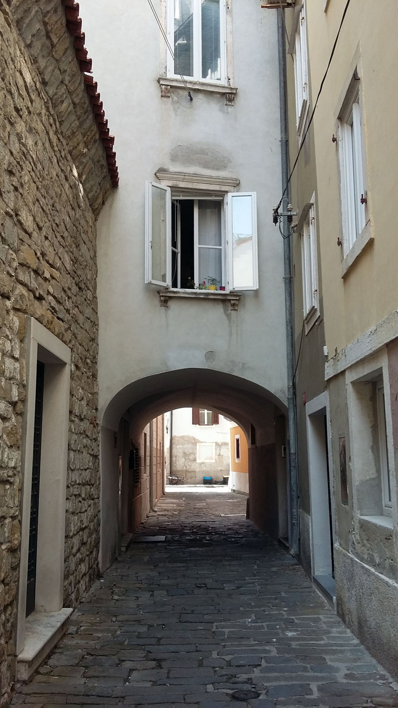 Slowenien - Enge Gasse in Piran