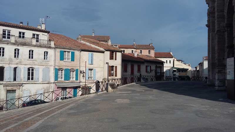 Arles - Platz vor dem Amphitheater 02