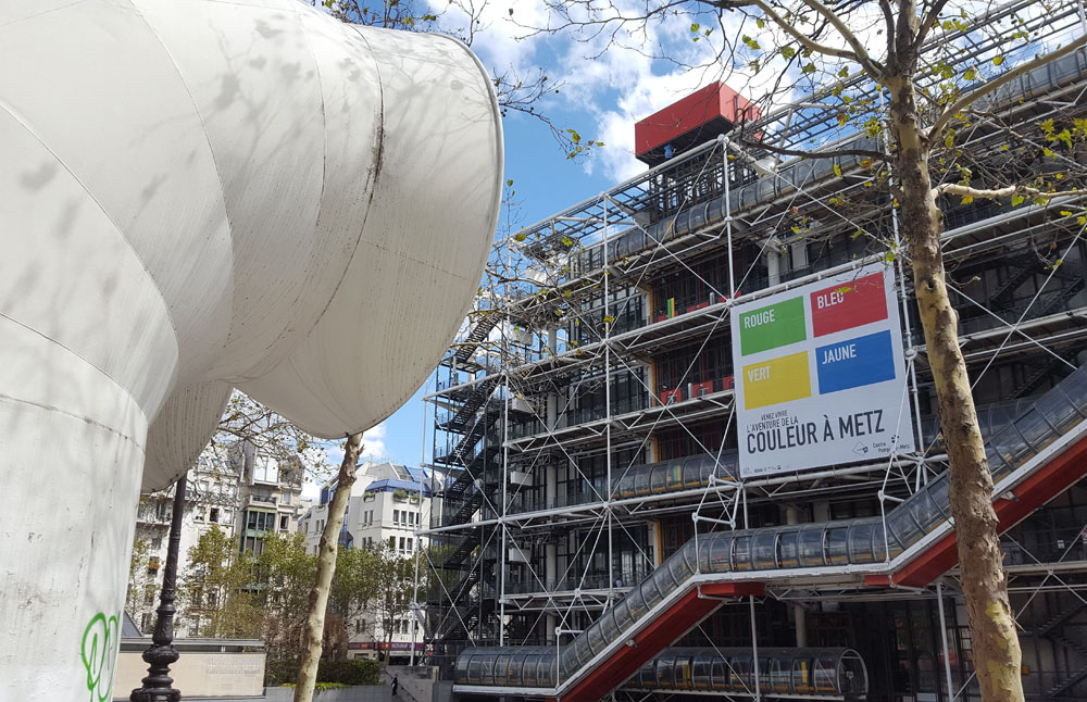 Das Centre Georges-Pompidou im Quartier Beaubourg. in Paris