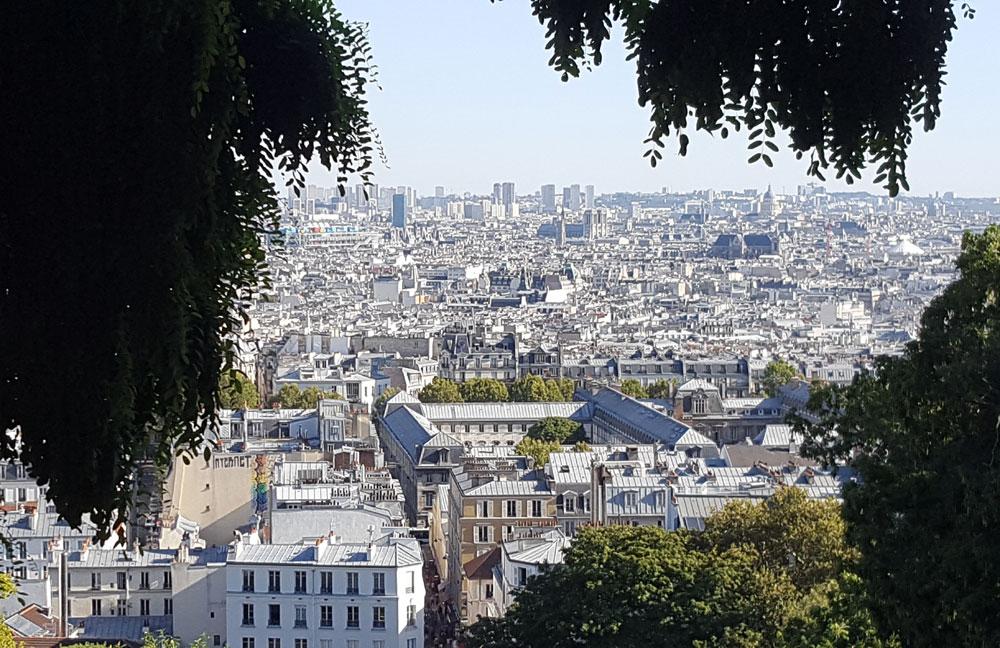 Ausblick von Sacre-Coeur über die Dächer von Paris