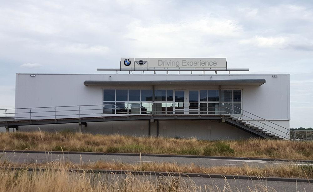 BMW Driving Experience Slotemakers direkt neben der Rennstrecke Zandvoort