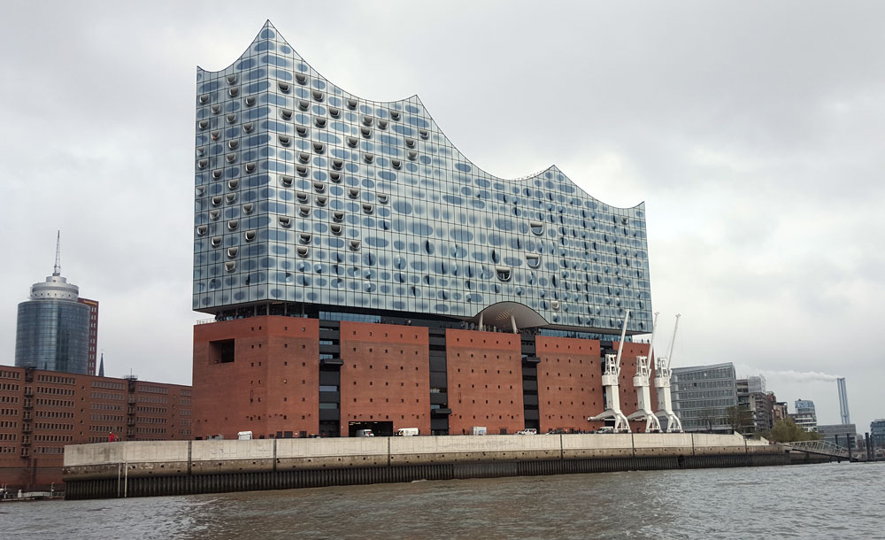 Die Elbphilharmonie in Hamburg- Hafencity