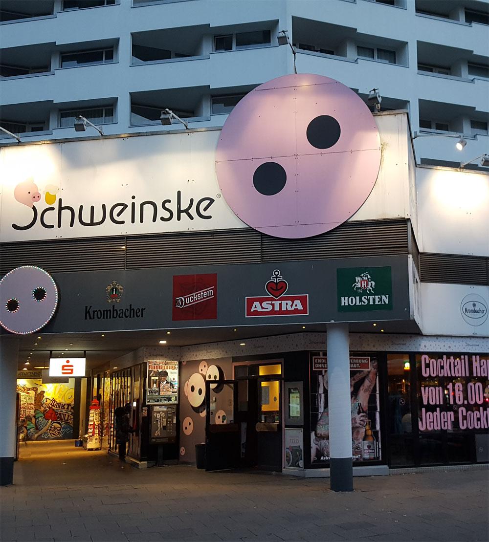 Schweinske Restaurant auf der Reeperbahn - günstige leckere Schnitzel in St. Pauli
