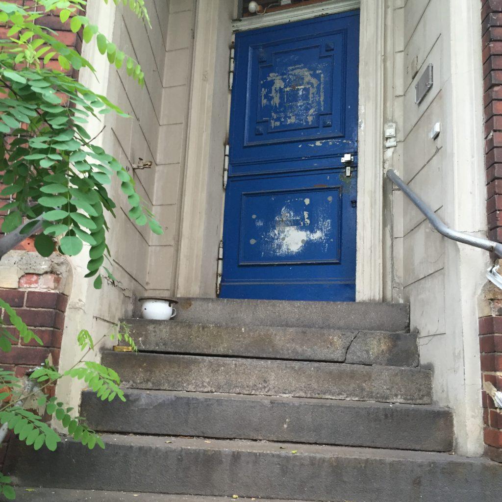 Die blaue Tür ins Nirgendwo?