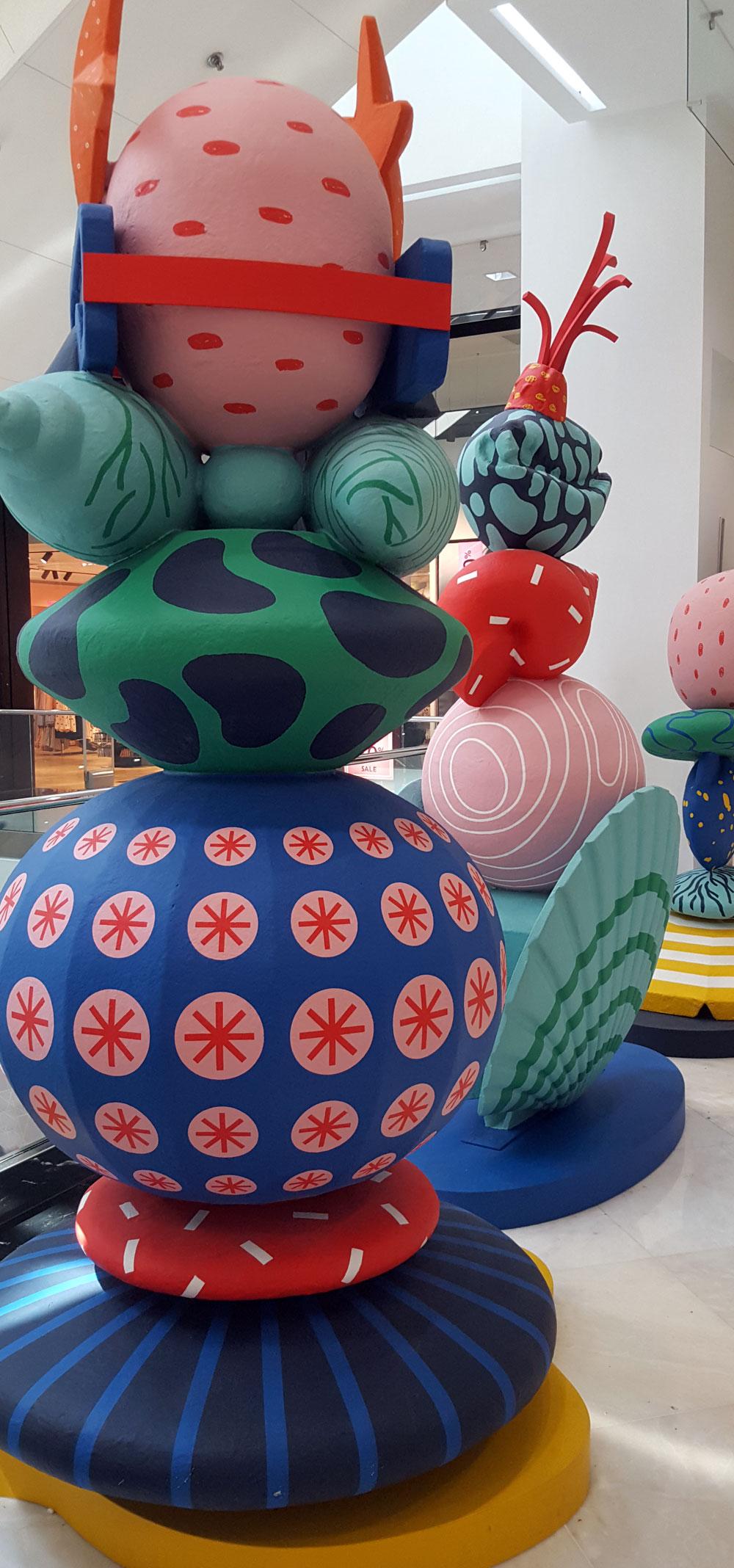 Dekoration im Einkaufzentrum Nice Étoile in der Avenue Jean Médecin
