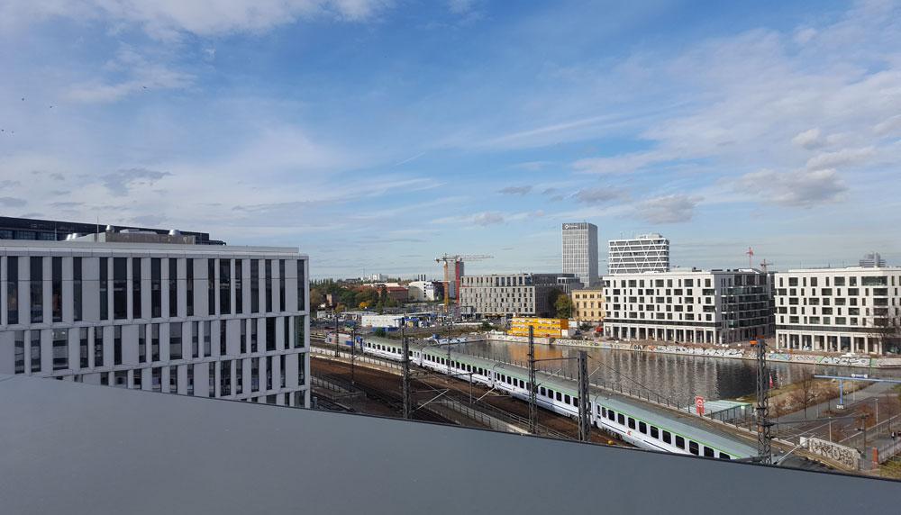 Der Blick vom Skywalk gen Norden auf die Europacity-Baustelle
