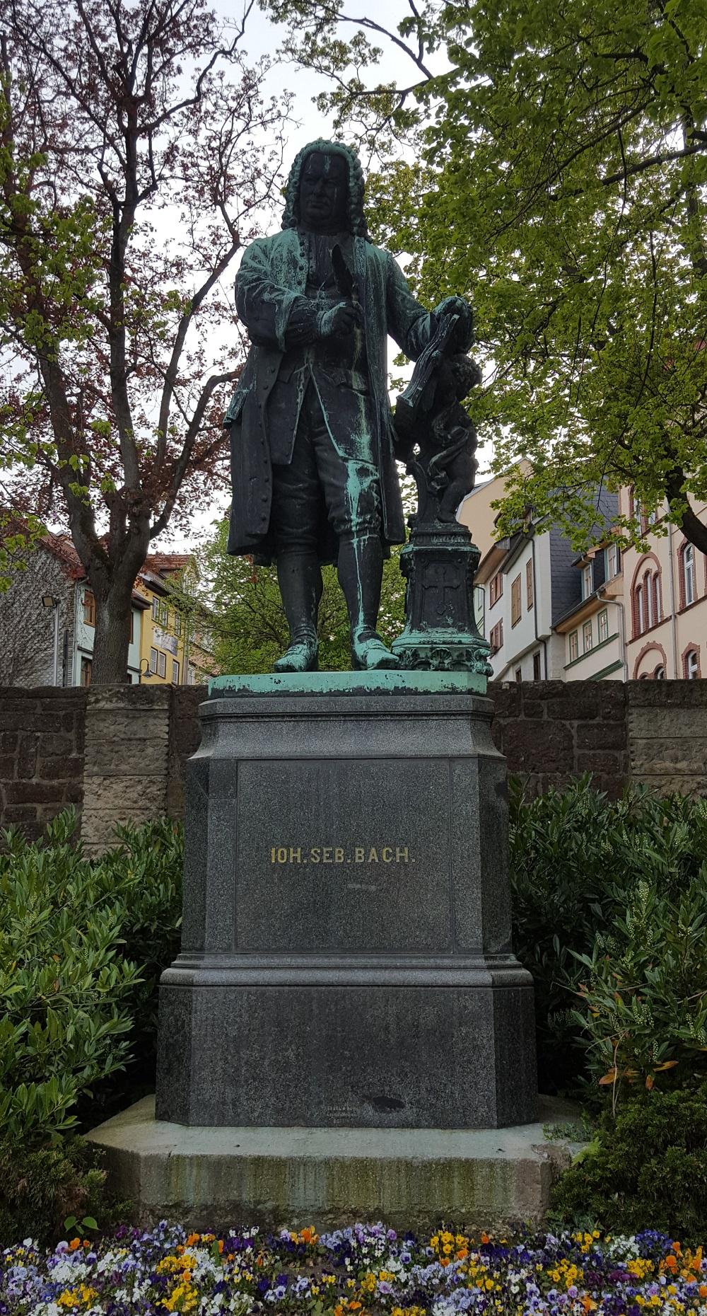 Statue von Johann Sebastian Bach in Eisenach