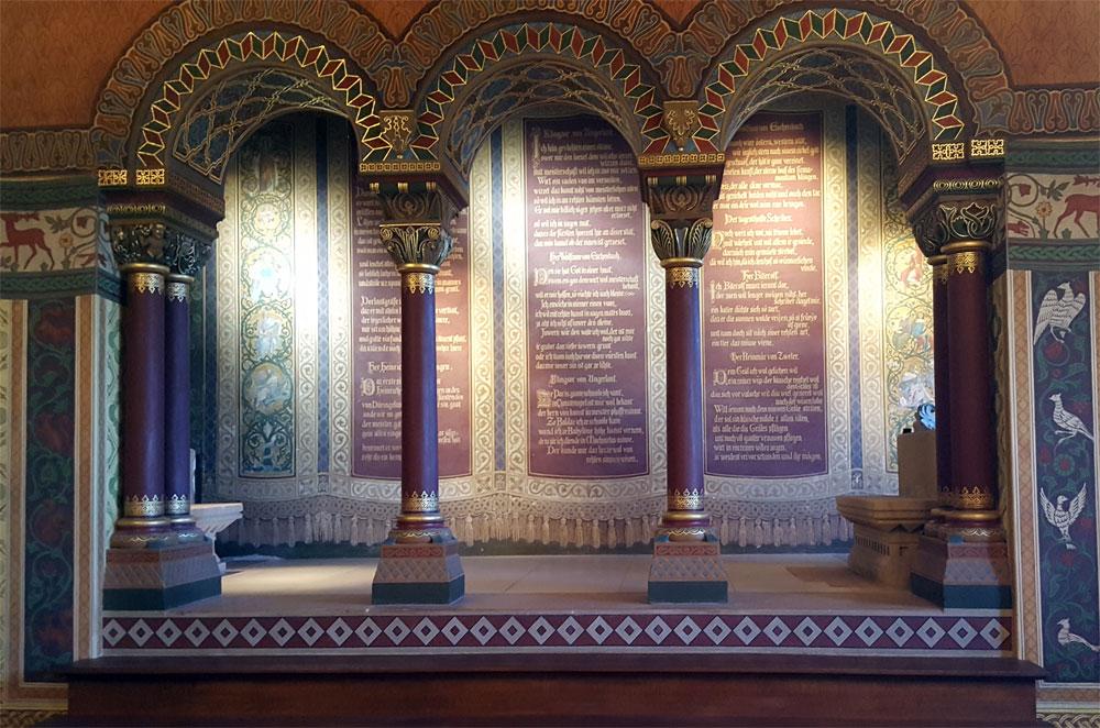 Noch ein alter Altar im Kammersaal