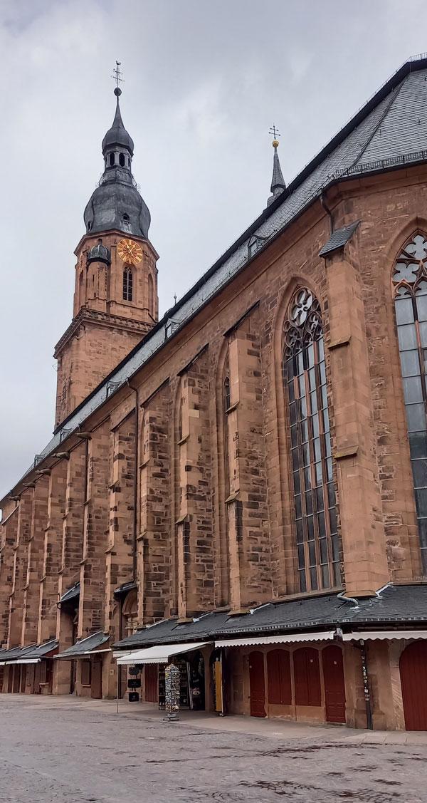 Die Heiliggeistkirche in der Heidelberger Altstadt.
