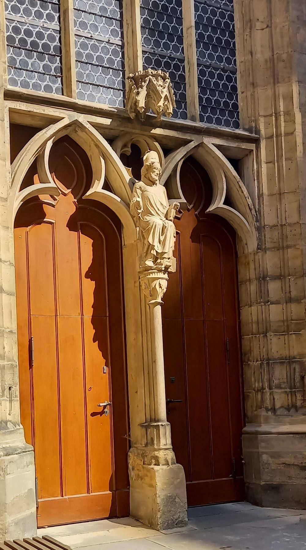 Kirchenportal des Erfurter Doms